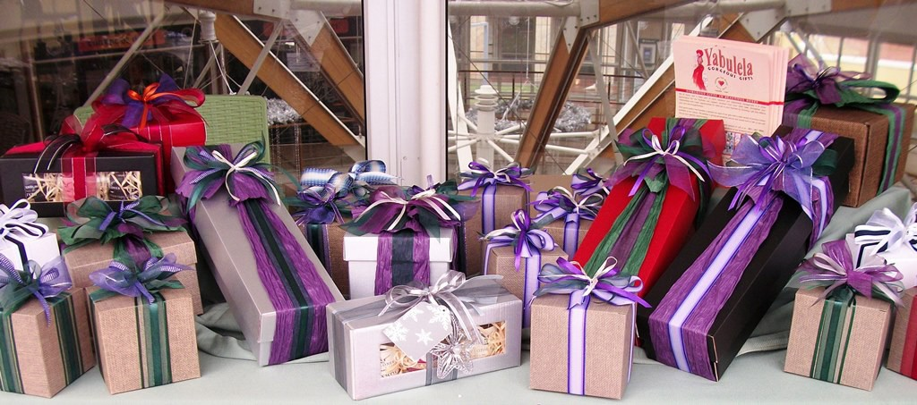 Customized Gifts For All Occasions At Yabulela Gift